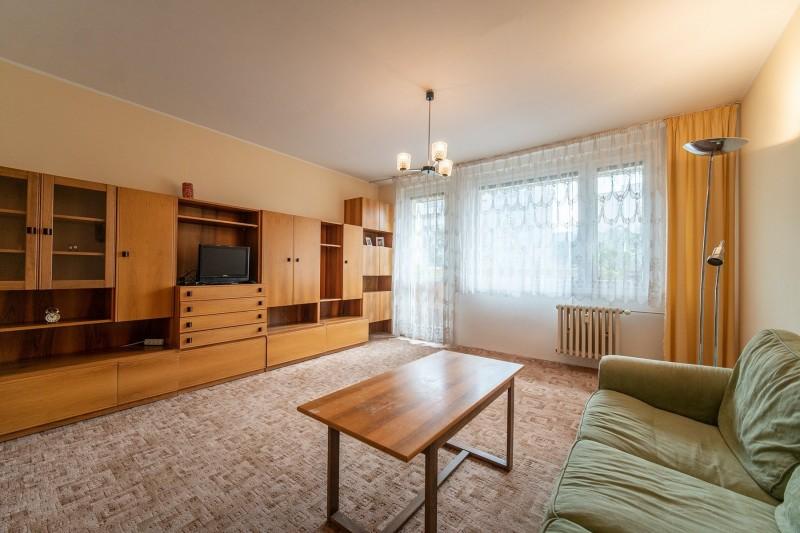 Prodej bytu 3+1, OV, 77m2, zasklená lodžie, Praha