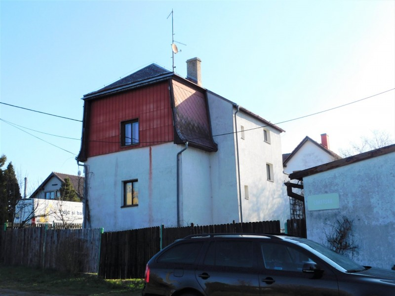 Prodej RD 4+2/dvougaráž, pozemek 513 m2, Karlovy