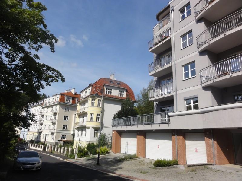 Prodej bytu 4+KK Karlovy Vary, Škroupova ul.